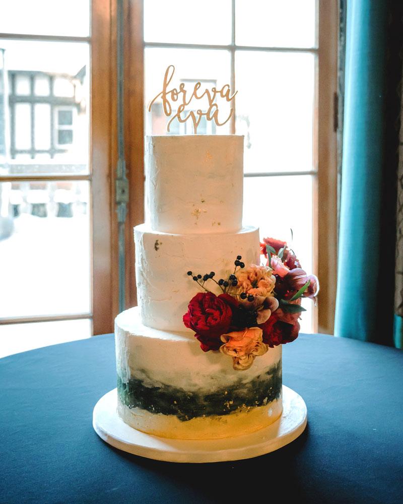 cake, flowers, buttercream, texture, 3 tiers, Hotel Satanac, wedding, ADK, NY, the fancy cake box