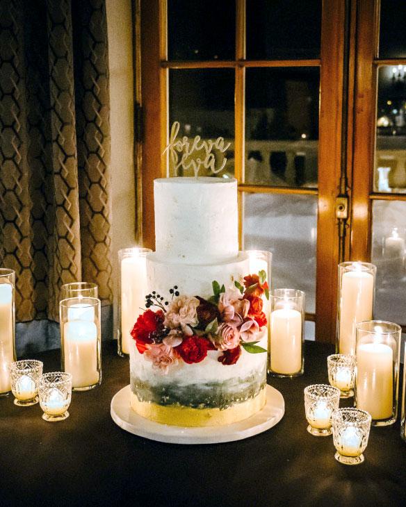 cake, wedding, candles, flowers, romantic, sarancac lake, hotel Saranac, ADK, fall, the fancy cake box