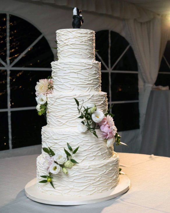 St. Huberts, buttercream, twig, wedding, reception, Fancy Cake Box, Upstate, NY