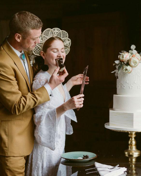 elegant, cake, wedding, white, flowers, River Ranch, NY, Adirondacks, ADKthe fancy cake box