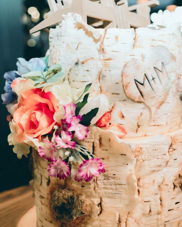 silk, floweres, birchbark, cake, heart, lake placid, ADK, rustic, wedding, the fancy cake box