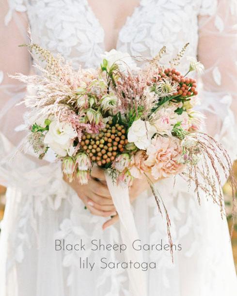 adirondack, wedding, boho, wedding, fresh flowers, bouquet, elegant, the fancy cake box